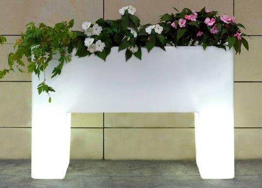 Luxusní svítící květnináč